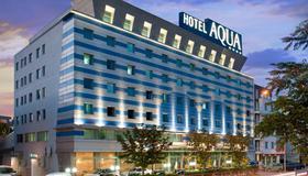 Aqua Hotel - Warna - Gebäude