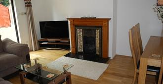 Bright Spacious And Comfortable House - Dublin - Living room