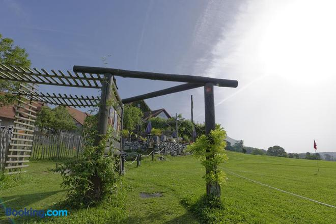 Cabane Dans Les Arbres / Swin-Golf de Cremin - Lucens - Outdoors view