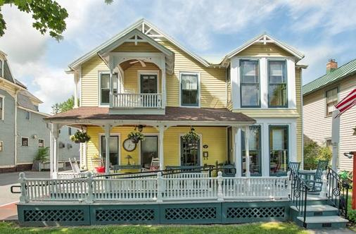 The Brunswick B&B at Saratoga - Saratoga Springs - Κτίριο