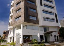 Hotel Millenium Barrancabermeja - Barrancabermeja - Building