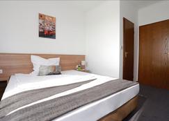 Hotel zwei&vierzig - Vallendar - Schlafzimmer