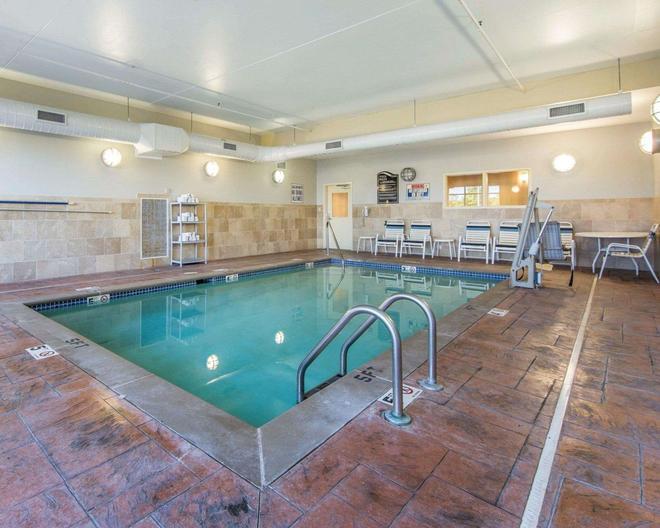 東方套房凱富酒店 - 諾克斯維爾 - 諾克斯維爾(田納西州) - 游泳池