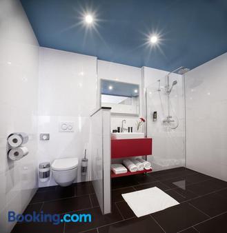 Trans World Hotel Donauwelle - Linz - Bathroom