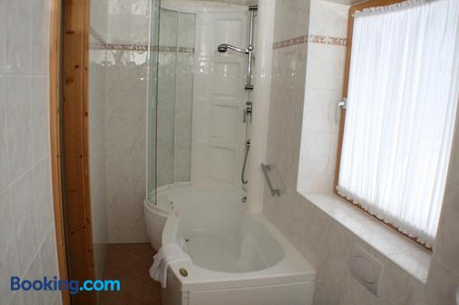 Gastehaus Heimgarten - Bad Wiessee - Bathroom