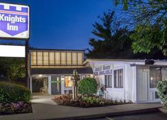 Knights Inn - Scranton/Wilkes-Barre/Pittston - Pittston - Building