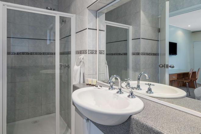 Best Western Governor Gipps Motor Inn - Traralgon - Bathroom