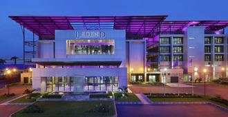 Legend Hotel Lagos Airport, Curio Collection by Hilton - Lagos