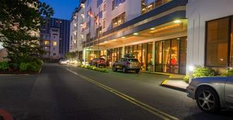 Princess Royale Oceanfront Resort - Ocean City - Building