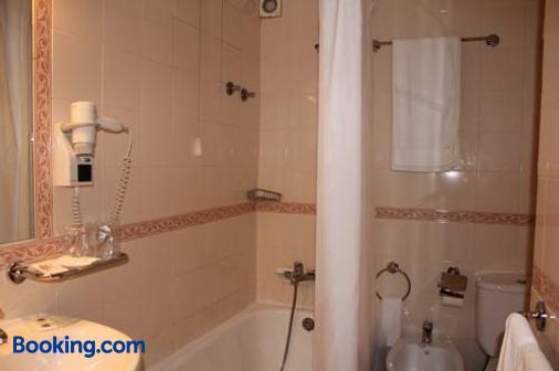 Hotel Imperador - Lisbon - Bathroom