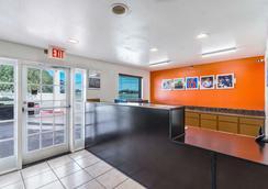 Motel 6 San Marcos - Tx - North - San Marcos - Lobby