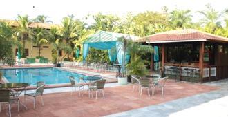 Maria Plaza Hotel - Арасатуба