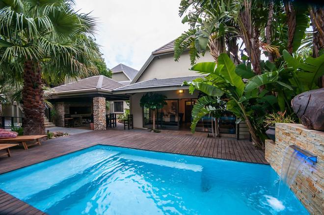 Onse Khaya Lodging And Conferencing - Port Elizabeth - Pool