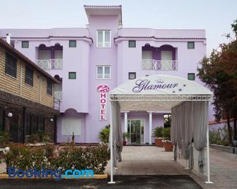 Hotel Glamour - Qualiano - Gebouw