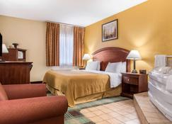 Quality Inn & Suites Miamisburg - Dayton South - Miamisburg - Bedroom