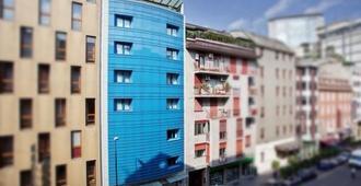 Hotel Berna - Milán - Edificio