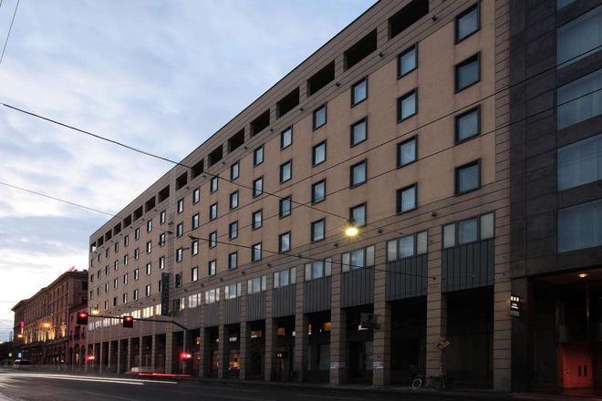 Starhotels Excelsior - Bologna - Rakennus