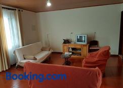 Casa de Férias Morena Santa Cruz Madeira - Santa Cruz - Sala de estar