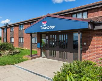 Travelodge Huntingdon Fenstanton - Хантінгдон - Building
