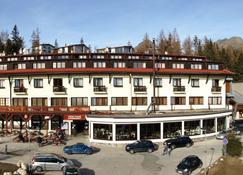 Hotel Toliar - Strbske Pleso - Bygning