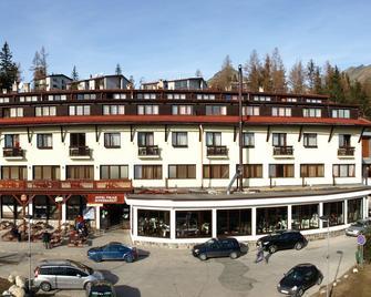 Hotel Toliar - Горнолыжный курорт Штрбске Плесо - Здание