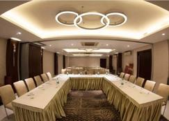 Connaught Royale - New Delhi - Meeting room
