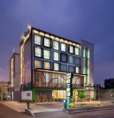 Maxonehotels At Belstar Belitung - Tanjung Pandan - Building