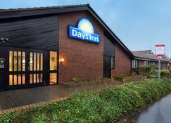 Days Inn by Wyndham Gretna Green M74 - Gretna - Rakennus