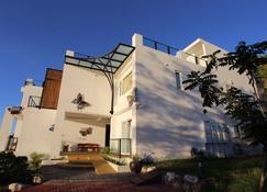 If Ocean B&B - Shoufeng Township - Building
