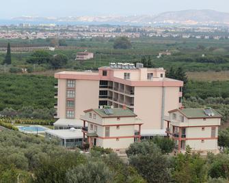 Gumus Thermal Suites Hotel - Davutlar - Building