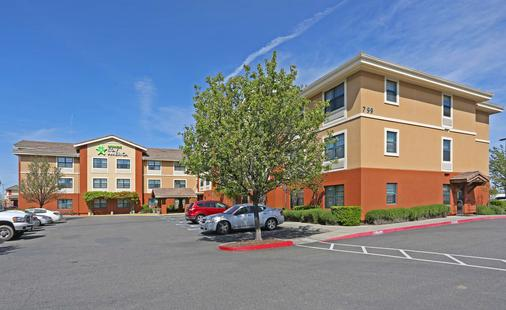 Extended Stay America Sacramento - Vacaville - Vacaville - Building