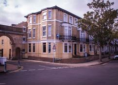 The Embassy Hotel - Great Yarmouth - Rakennus