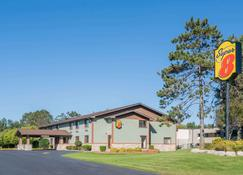 Super 8 by Wyndham Baxter/Brainerd Area - Baxter - Building