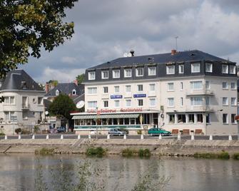 The Originals City, Hôtel Le Bellevue, Montrichard (Inter-Hotel) - Montrichard - Building