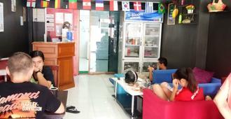 Pattaya Backpackers - Adults Only - Pattaya