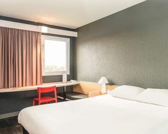 Ibis Falaise Coeur de Normandie - Falaise - Bedroom