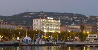 Hotel Splendid Cannes - Cannes - Outdoor view