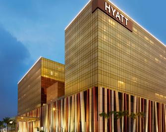 Hyatt City of Dreams Manila - Parañaque - Edificio