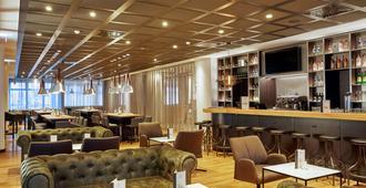 H4 Hotel Leipzig - לייפציג - בר