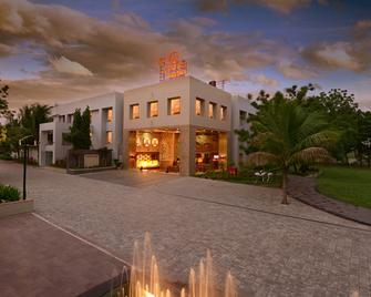 Top3 Lords Resort Bhavnagar - Bhavnagar - Building