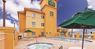 La Quinta Inn & Suites by Wyndham Corpus Christi Northwest - Κόρπους Κρίστι