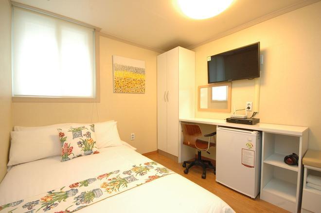 E-公寓 - 首爾 - 臥室