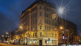 Point A Hotel London Kings Cross - Londra - Edificio