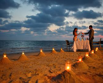 Independence Hotel Resort & Spa - Сіануквіль - Пляж