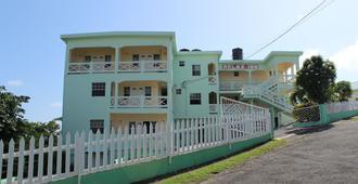 The Relax Inn - St. George's