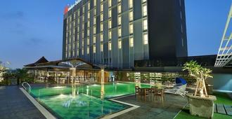 Swiss-Belinn Saripetojo Solo - Surakarta City - Pool