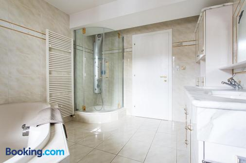 Hotel Das Zentrum - Sölden - Bathroom