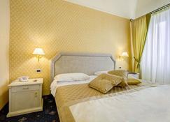 Hotel La Locanda - Volterra - Yatak Odası
