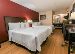 Red Roof Plus+ Columbus - Dublin - Dublin - Bedroom