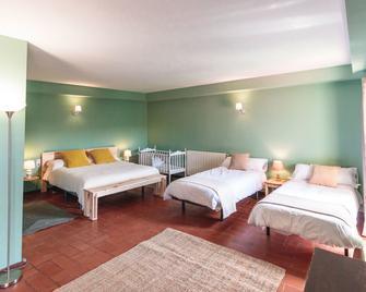 Can Jou de la Miana - Sant Ferriol - Camera da letto